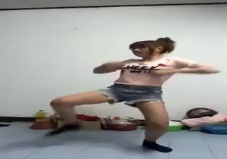 thai dance laughable hawt